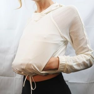 Lululemon Mesh Sleeved Pullover